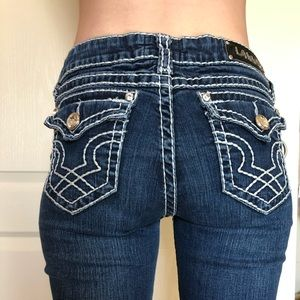 LA IDOL dark washed jeans !!